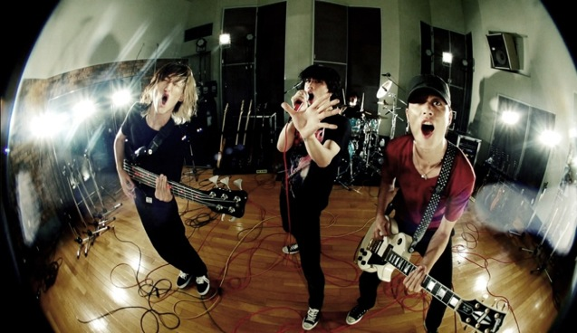 ONE OK ROCK-NO SCARED